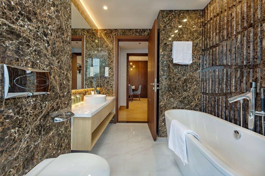 Phòng tắm căn hộ wyndham soleil đà nẵng