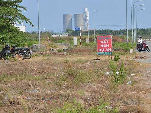 rộ cho thuê đất nền khu dân cư